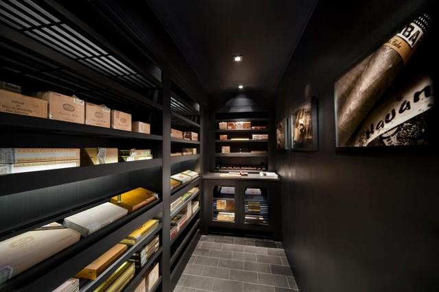 25 000 cigar walk in humidor moderne cave vin new york par signature wine cellars. Black Bedroom Furniture Sets. Home Design Ideas