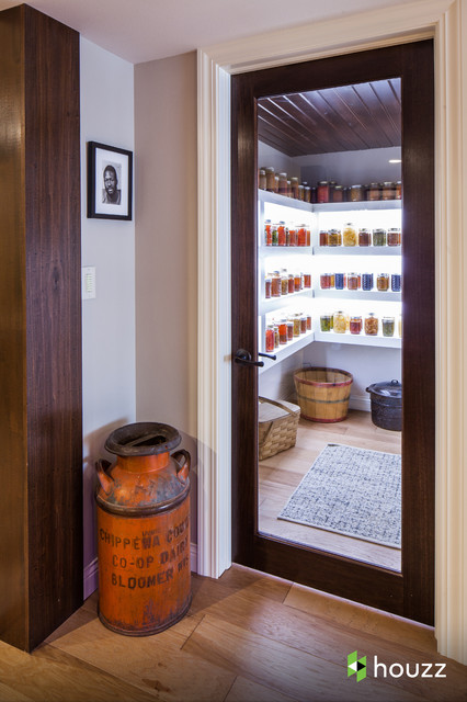 Ashton Kutcher 39 S Parents 39 Basement Traditional Wine Cellar By Catherine Renae Thomas