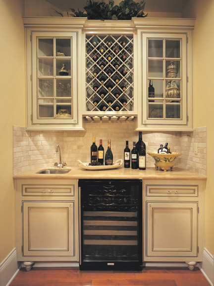 Canyon Creek Cornerstone Falmouth Inset In Maple Painted Creme Brule Traditional Wine