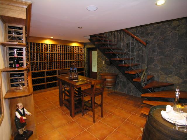 Club Decanter traditional-wine-cellar