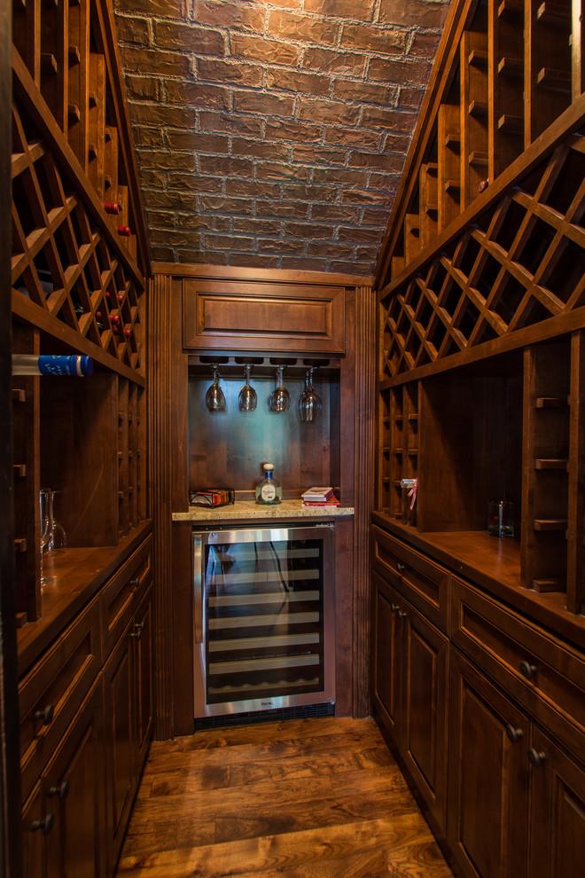 酒窖地板砖美式风格装潢图片