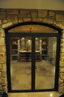 Traditional Wine Cellar in Memphis, TN