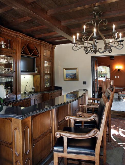 Reaume Construction & Design traditional-wine-cellar