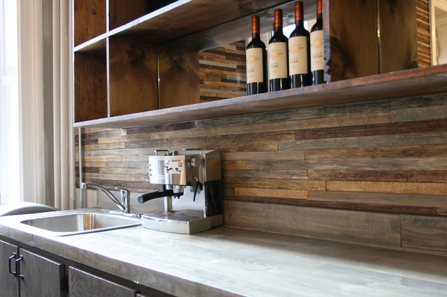 Reclaimed wood bar rustic-wine-cellar