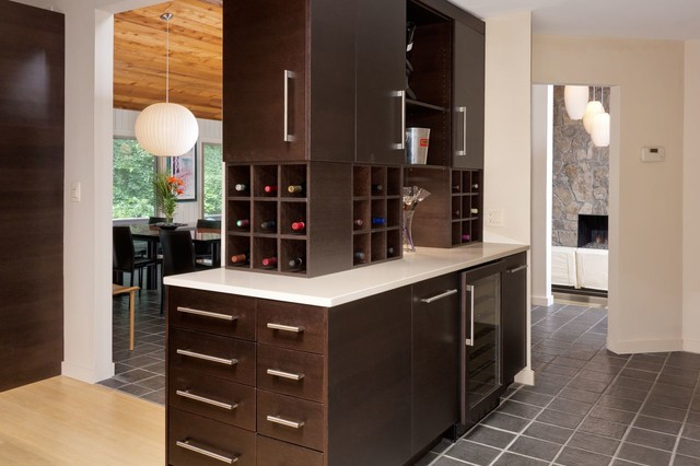 Elegant Wine Bar In Kitchen Design Ideas With Bar In Kitchen.