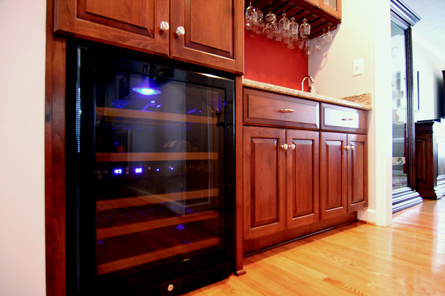 Wine Cooler in Wet Bar traditional-wine-cellar