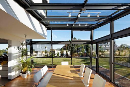 haus p1 modern wintergarten n rnberg von achim. Black Bedroom Furniture Sets. Home Design Ideas