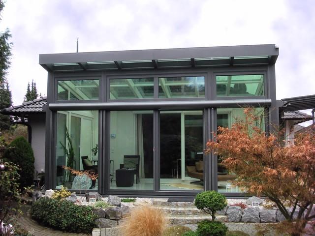 Moderne Wintergärten moderner wintergarten mit umgekehrtem pultdach modern