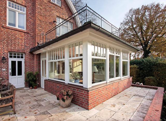 wintergartenanbau an stilvolles rotklinker wohnhaus landhausstil wintergarten hamburg. Black Bedroom Furniture Sets. Home Design Ideas