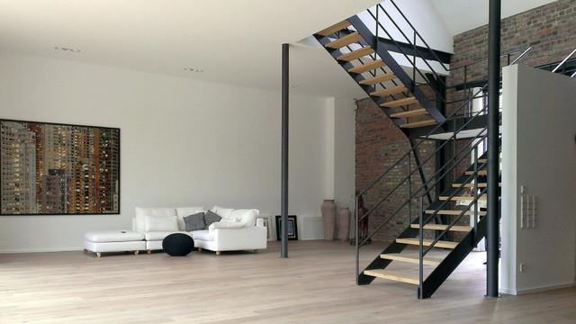 2017 Moderne Wohnzimmer Mit Treppe