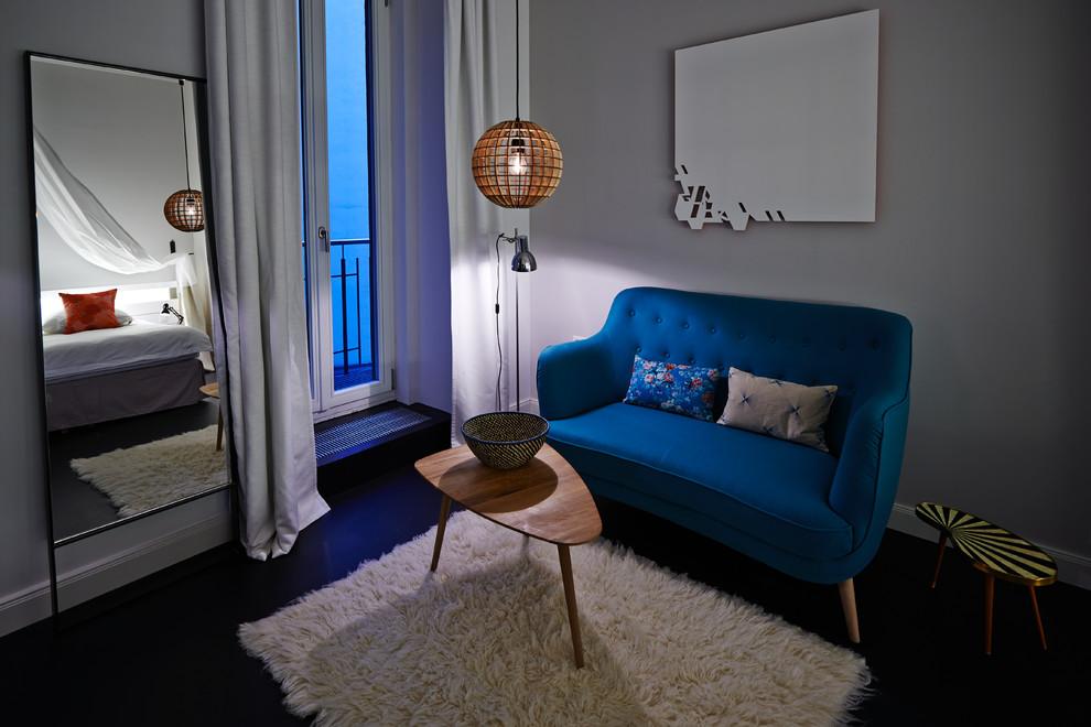 Example of a trendy living room design in Berlin