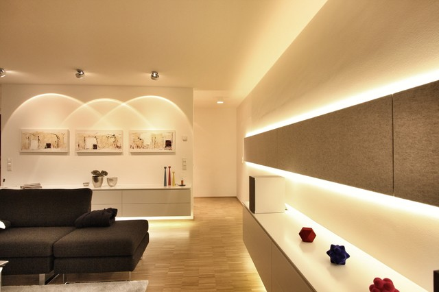 Wunderbar Photo Of A Contemporary Family Room In Stuttgart.