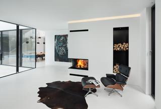 Haus r minimalistisch wohnbereich m nchen von be for Minimalistisch essen