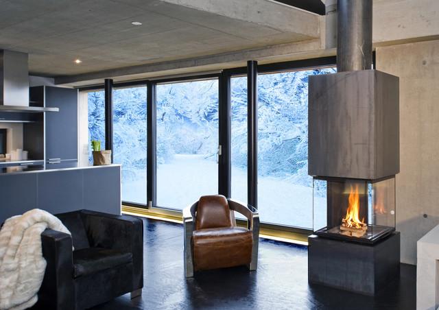 junggesellen wohnzimmer:Heizkamin Cubeo – Modern – Wohnzimmer – other metro – von Rüegg