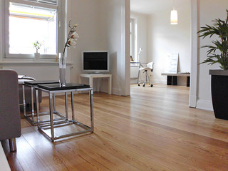 home staging in hamburger altbau etw modern wohnzimmer. Black Bedroom Furniture Sets. Home Design Ideas