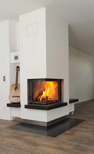 moderner wei er eckofen mit sitzbank. Black Bedroom Furniture Sets. Home Design Ideas