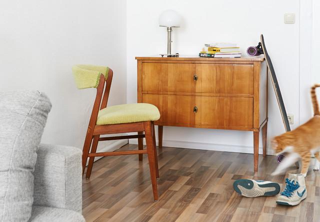 Modernes Wohnen Mit Antiken Möbeln - Klassisch Modern - Wohnzimmer