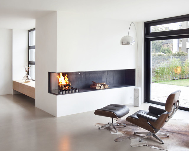 Offener Kamin Minimalistisch Wohnbereich Koln Von Lenz