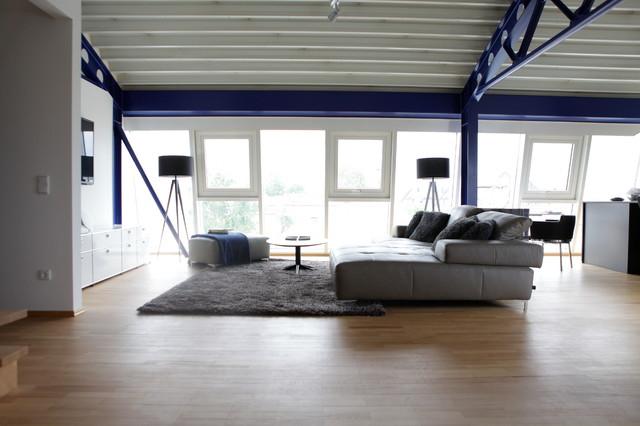 Penthaus Wohnung Oder Auch Junggesellen Bude Modern Wohnzimmer