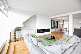 penthouse berlin prenzlauer berg modern wohnzimmer. Black Bedroom Furniture Sets. Home Design Ideas