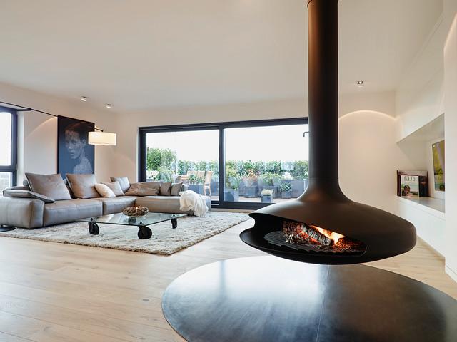 Penthouse Kamin modern-wohnbereich