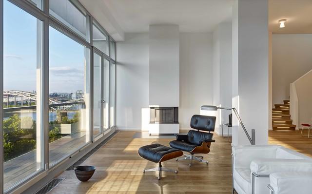 penthouse maisonette wohnung minimalistisch wohnbereich frankfurt am main von herbert o. Black Bedroom Furniture Sets. Home Design Ideas
