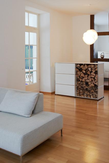 Privatwohnung Mit Vitra Und Usm Haller Traditional Family Room
