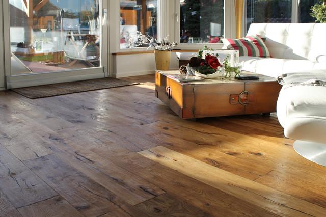 Rustikaler eicheboden im altholzdesign rustikal for Boden landhausstil