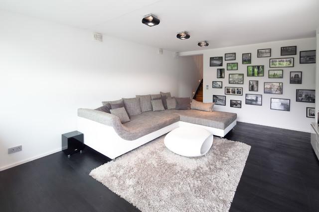 Umbau FI10 modern-wohnbereich