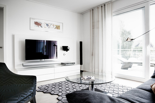 7 ideen wie sie ihren fernseher unterbringen. Black Bedroom Furniture Sets. Home Design Ideas