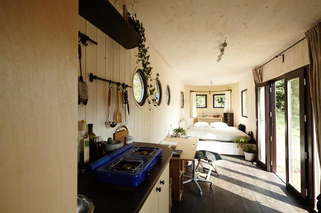 wohnwagon autark nat rlich wohnen. Black Bedroom Furniture Sets. Home Design Ideas