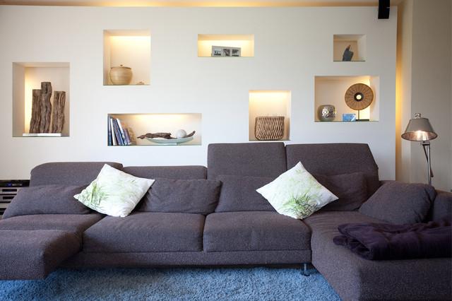 Wohnzimmer, Beleuchtete Nischenwand Klassisch Modern Wohnbereich