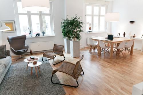 実用性とデザイン性を兼ね備えたインテリアとしての椅子。定番デザイナーズチェアの魅力 1番目の画像